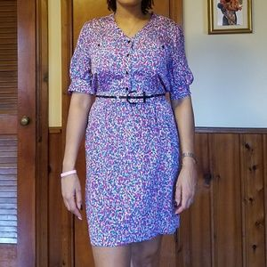 Dresses & Skirts - Vintage multicolor print dress with belt
